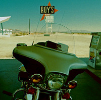 HARLEY AT ROY'S (Rt 66 Amboy CA)