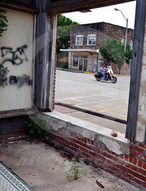 PASSING MOTORCYCLE (Rt 66 Depew OK)