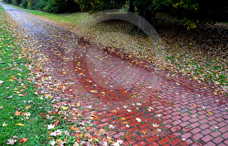 BRICK SECTION (Lincoln Highway nr Robertsville OH)