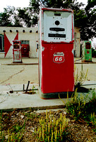 PHILLIPS 66 PUMPS & COKE MACHINE (Rt 66 Adrian TX)