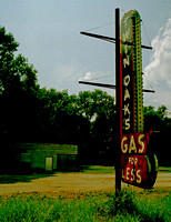 TWIN OAKS GAS FOR LESS (Rt 66 IL)