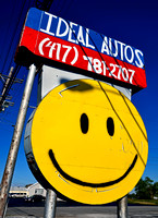 IDEAL AUTOS SMILEY FACE (Rt 66 Joplin MO)