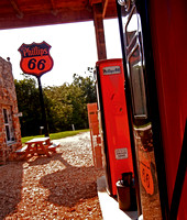 RECREATED PHILLIPS 66 STATION (Rt 66 Spencer MO)