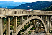 ON THE ARCH (Lincoln Highway Donner Pass CA)